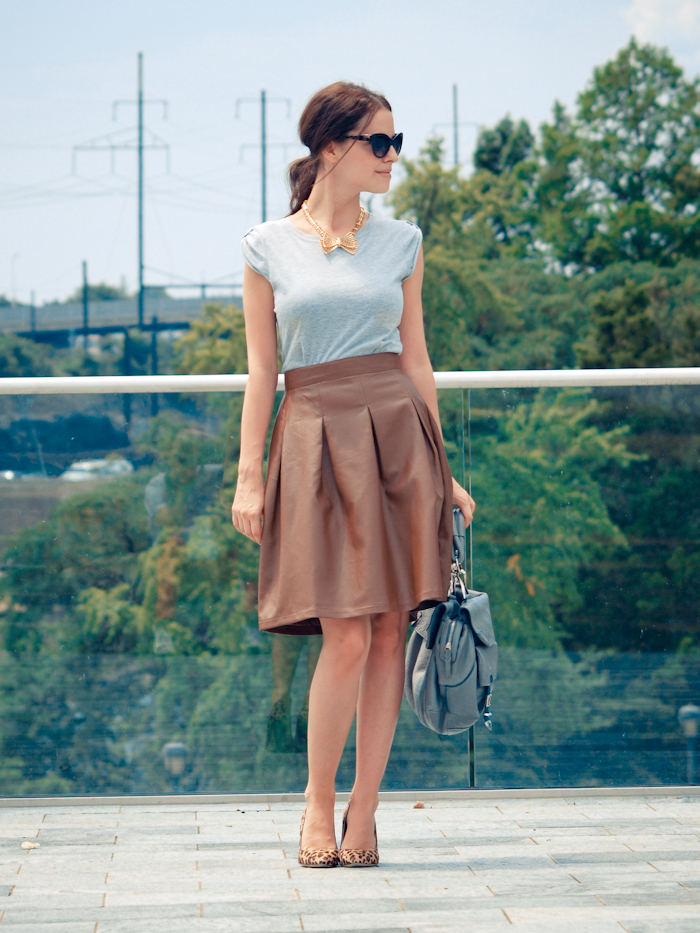 bittersweet colours, street style, colors, fashion trends, denim ,leather skirt , feminine look, Philadelphia,