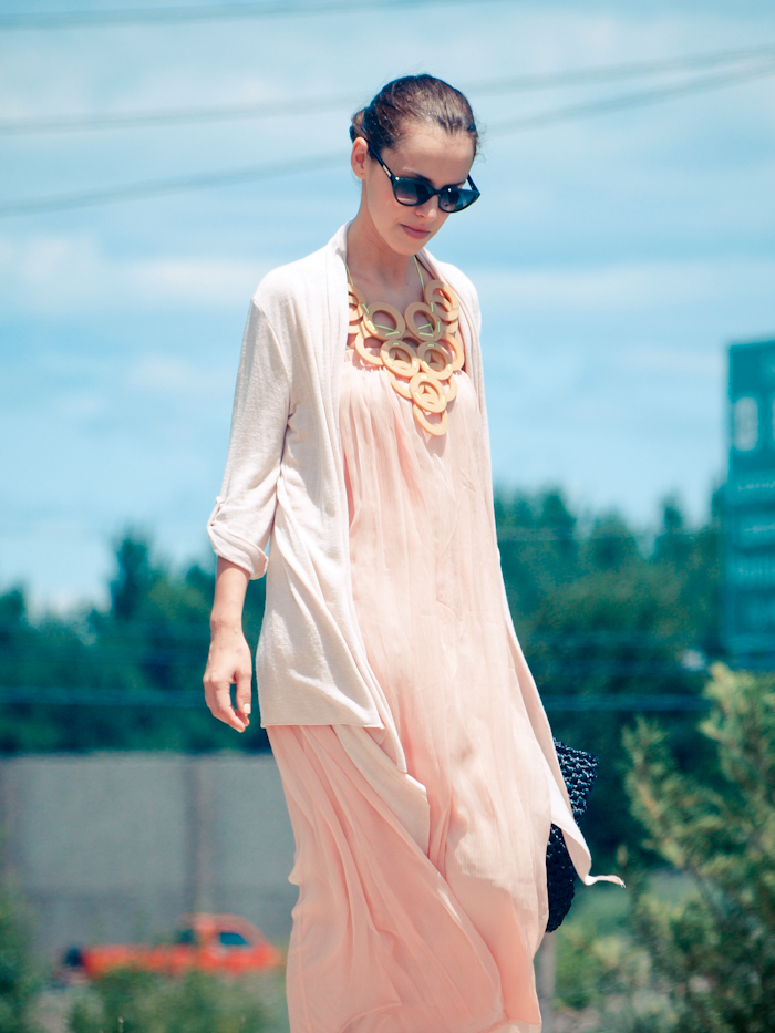bittersweet colours, street style, colors, pink colors, pastels, DIY necklace, feminine style,