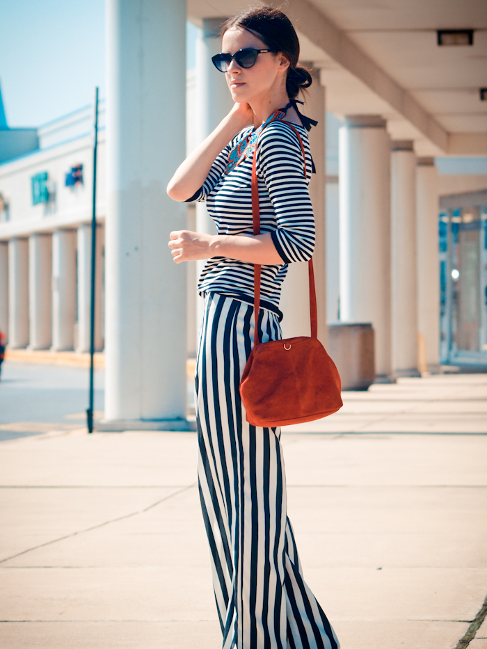 bittersweet colours, street style, vintage clutch, stripes, stripes on stripes,