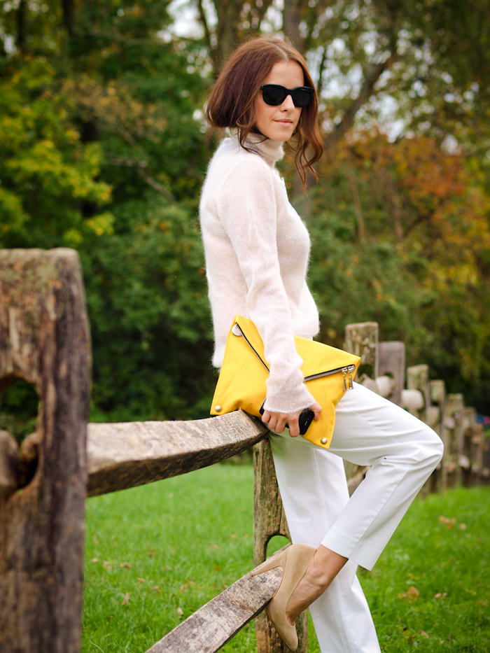 fall colours, white on white, sweater weather, j.crew pants, street style, bittersweet colours,