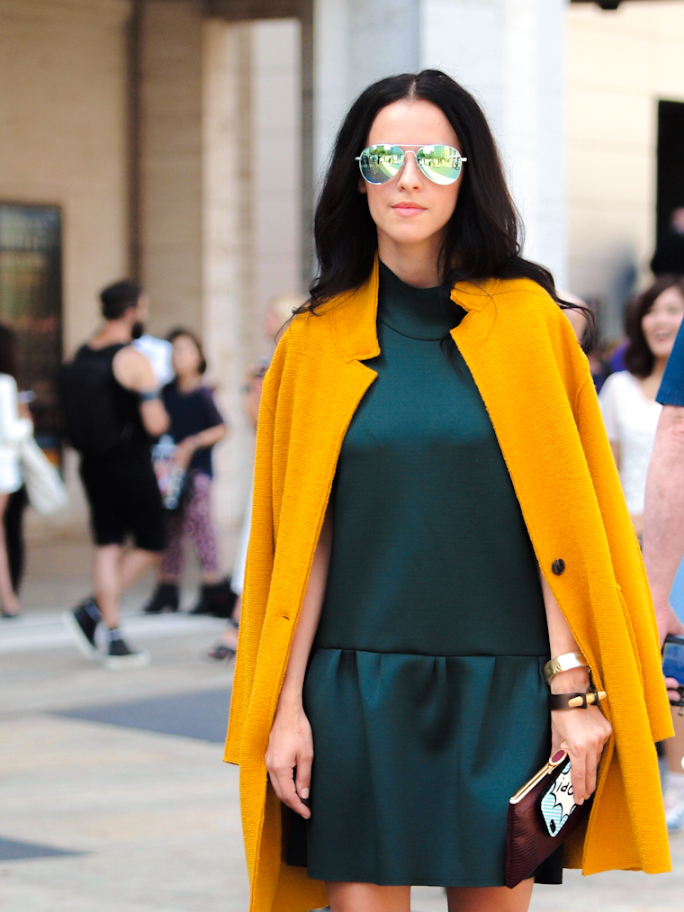 bittersweet colours, fall colors, Fall trends, Lincoln Center NYFW, metallics trend, mirrored sunglasses, miu miu, NYFW, nyfw 2013, street style, vintage, Zara, mustard color, emerald green, neoprene dress.