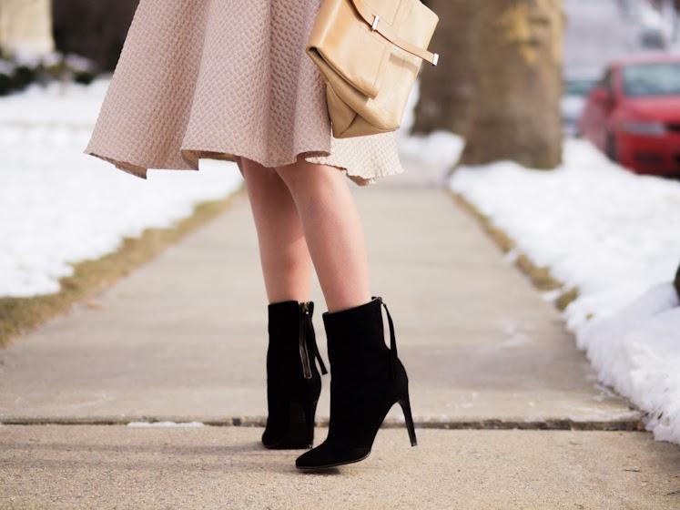 bittersweet colours, earthy tones, full skirt trend, laura vela, Mango, military trend, nude trend, Ralph Lauren, street style, winter trends, Zara,