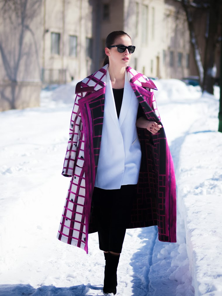 bittersweet colours, colorful coats, Express, Grids prints, Lie Sang Bong, Mango, Pink coat, printed coat, Proenza Schouler, street style, winter trends, Grids trend