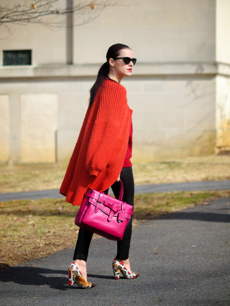 bittersweet colours, chunky sweater, COLORS, orange, PINK, printed shoes, RED, Reed Krakoff, Spring, Spring trends, street style, vintage