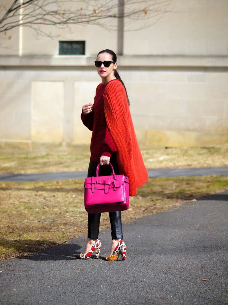 bittersweet colours, chunky sweater, COLORS, orange, PINK, printed shoes, RED, Reed Krakoff, Spring, Spring trends, street style, vintage,