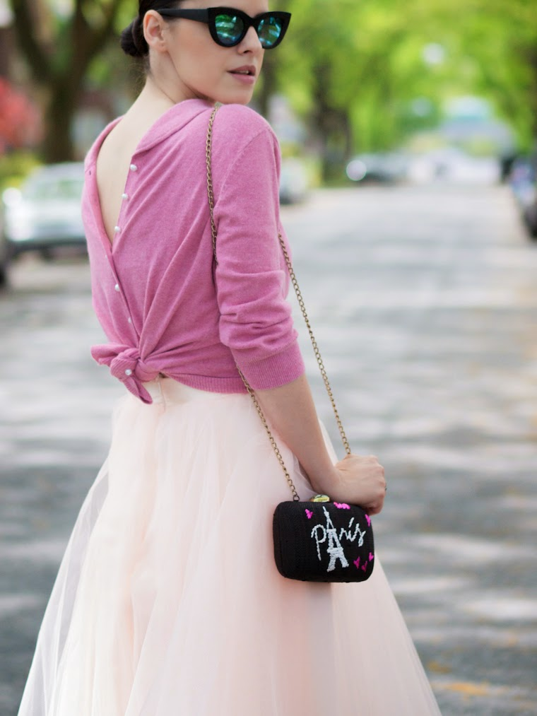 bittersweet colours, tulle skirt, ballerina skirt, cashmere cardigan, pink, tulle, feminine style, Spring, street style, Zara, ASOS, mirrored sunglasses, eye cat sunglasses, nude sandals,Space46, tulle trend
