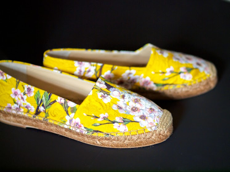bittersweet colours, dolce & gabbana, dolce & gabbana espadrilles, floral espadrilles, COLORS, yellow, floral prints, new in, Memorial Day Sale, Summer trends, Full Bloom
